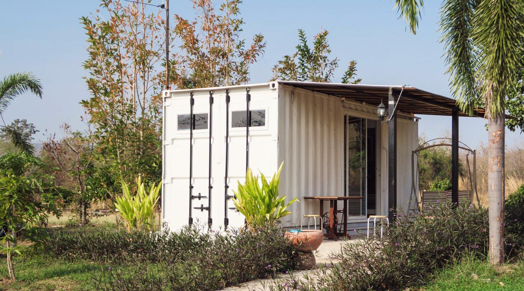 la tendance des mini maisons r aliste au qu bec propos d 39 argent tangerine. Black Bedroom Furniture Sets. Home Design Ideas